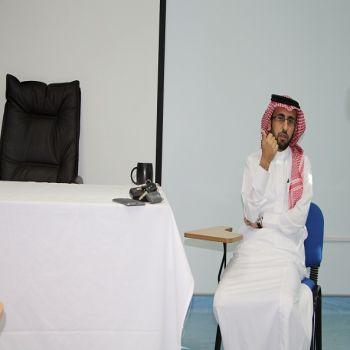 د. الحديثي يترأس إجتماع التدريب والتطوير بحضور رؤساء الأقسام بالمستشفى