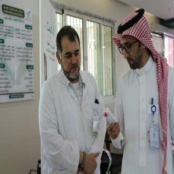 حملة التطعيم ضد الإنفلونزا الموسمية بالصحة النفسية تستهدف 150نزيلاً و300 موظفاً ومراجعي المستشفى .